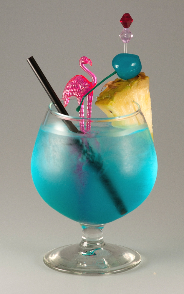 Blue Hawaiian 2 Visual Recipe By Cocktail Hunter