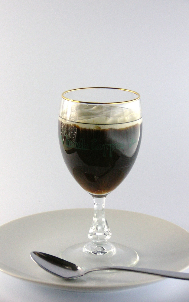 Irish Coffee visual recipe by Cocktail Hunter