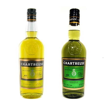 Chartreuse herbal liqueur for Cocktail chartreuse