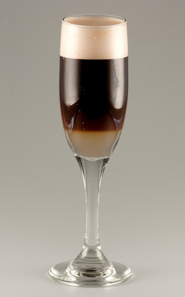 Black Velvet drink recipe with pictures.