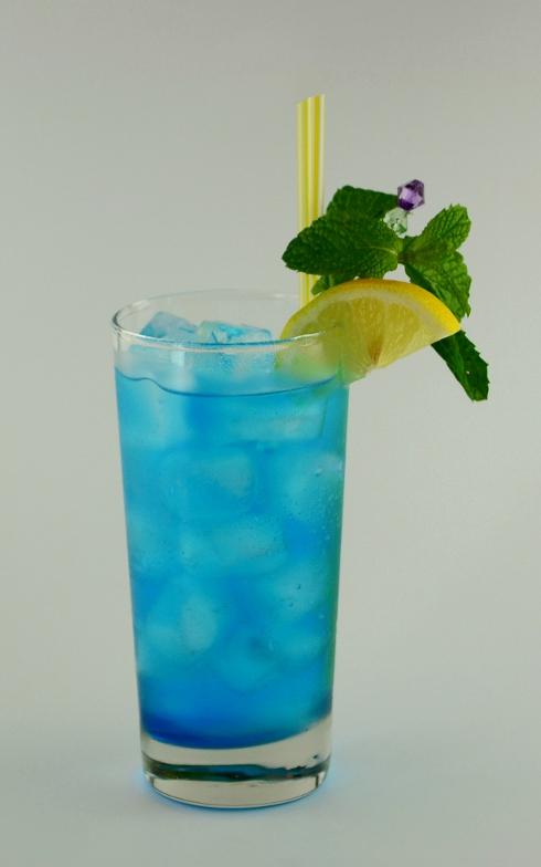 Oasis highball drink